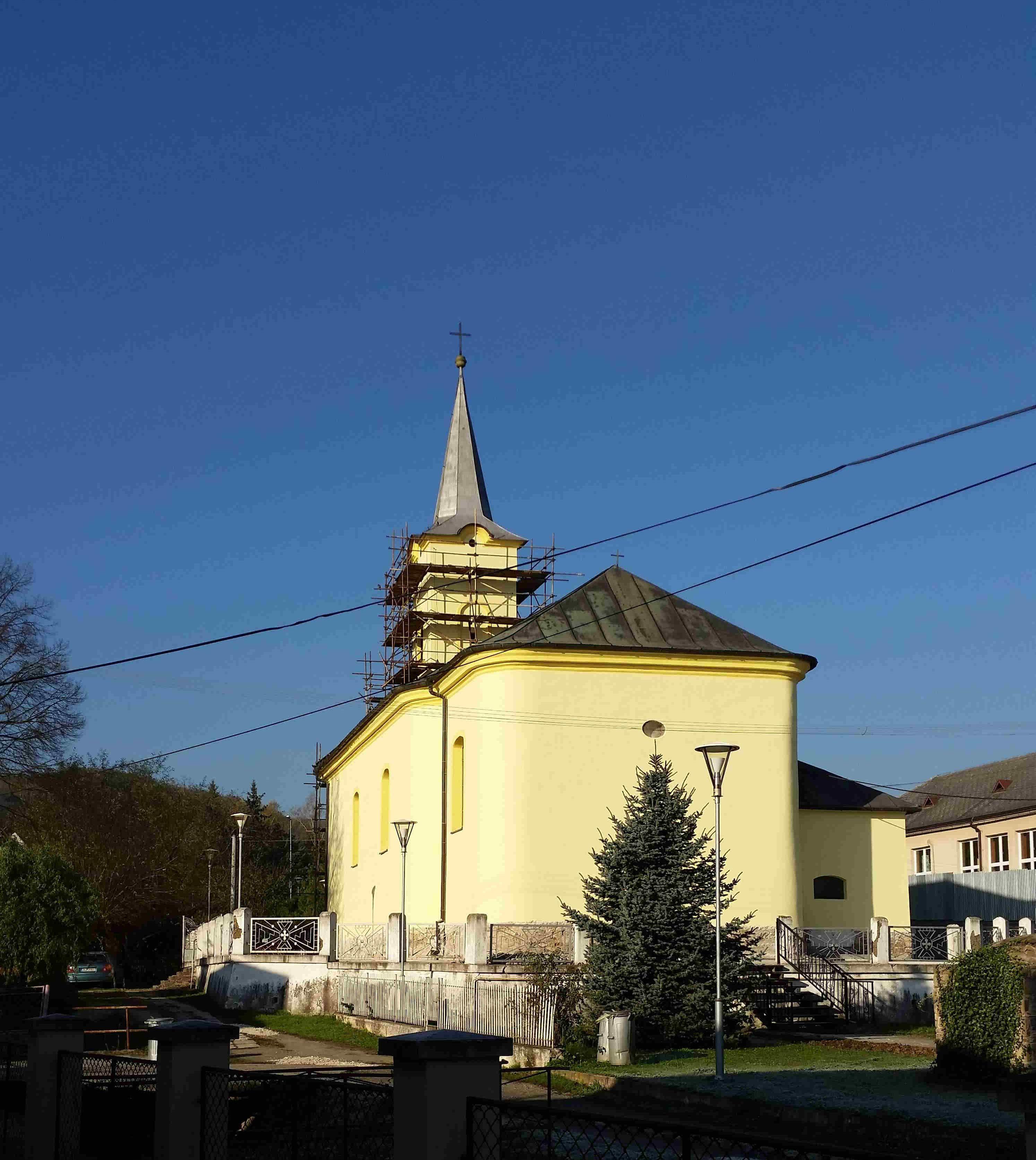 KENDICE – Kostol sv. Michala archanjela; Fasáda