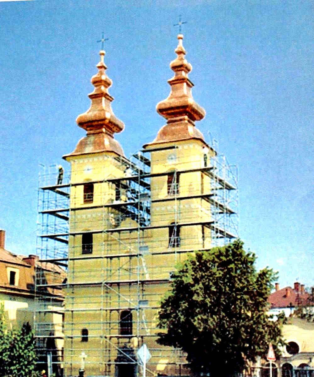MICHALOVCE -Vežičky na kostole Narodenia Presvätej Bohorodičky