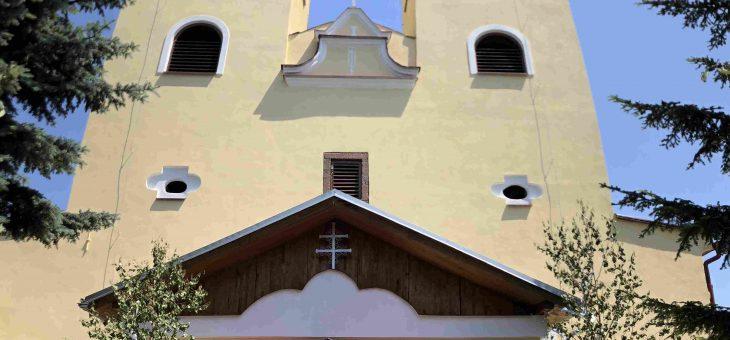 Divín- Rekonštrukcia striech veží a fasády rímskokatolíckeho kostola