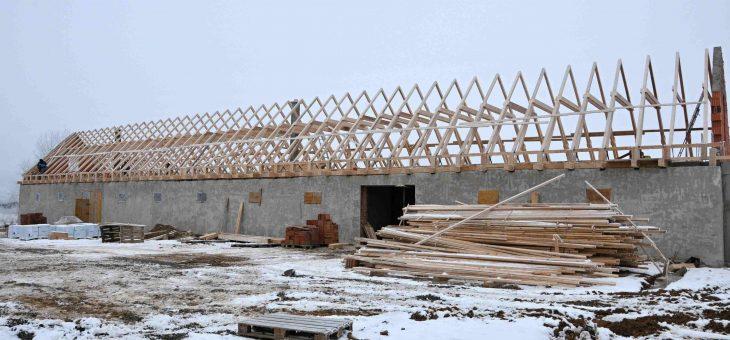 Malá Bara- Realizácia strechy nad hospodárskou budovou